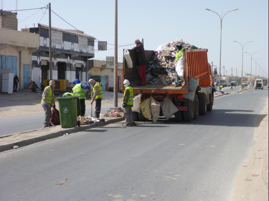 Garbage collection in Nouadhibou