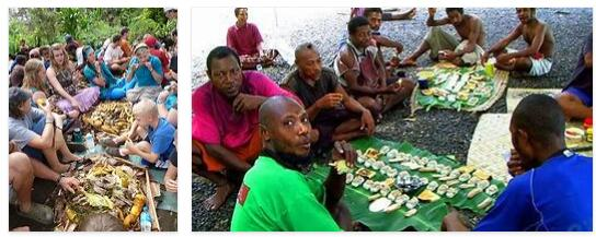 Eating in Papua New Guinea
